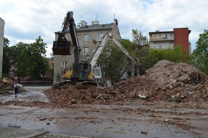 201506-kamienica-zawalona-kaweczynska-c