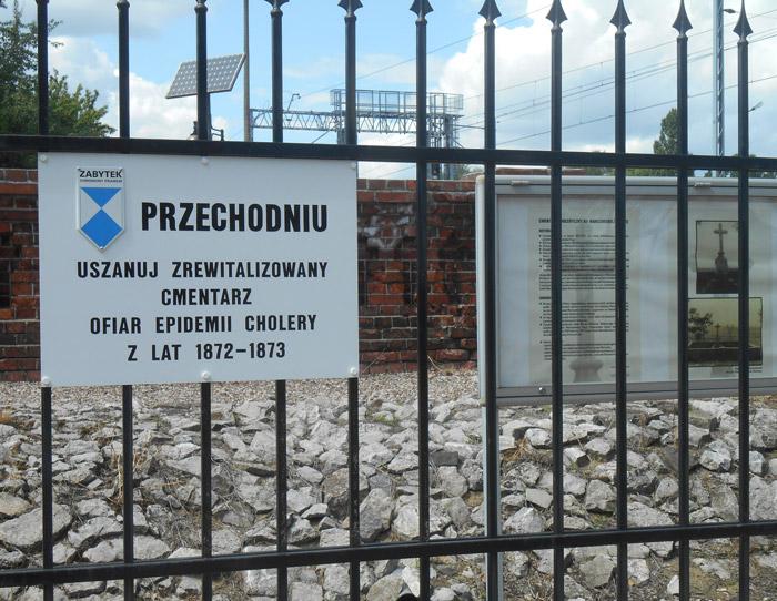 cmentarz-choleryczny-praga-polnoc-tabliczka