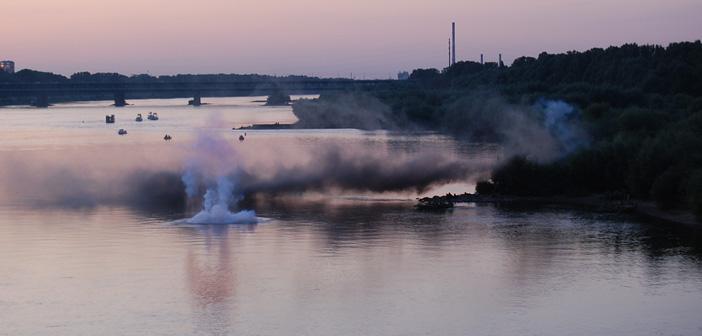 Powstańcze przeprawy z Pragi na lewy brzeg Wisły