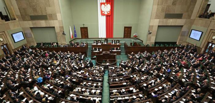 Na Pradze-Północ wygrywa PiS i Koalicja. Lisiecki obronił mandat
