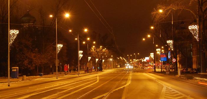 Świąteczna iluminacja i kraina lodu na Pradze