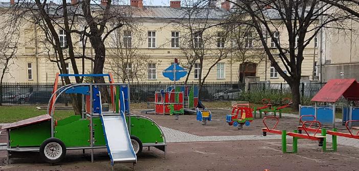 Plac przy Teatrze Baj może zostać udostępniony mieszkańcom
