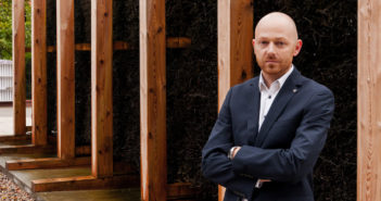 Pomysłodawca budowy tężni jest Kamil Ciepieńko, północno-praski radny