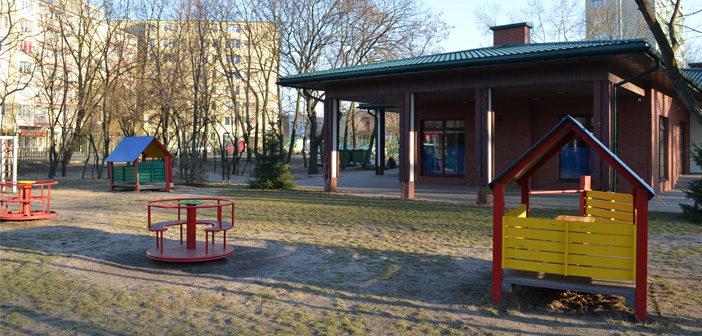 Modernizacja szkoły i plac zabaw. Nowe inwestycje Pragi